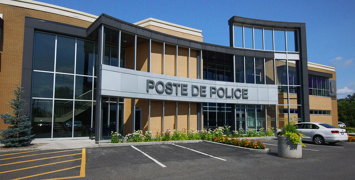 Poste De Police Blainville Tla Architecture